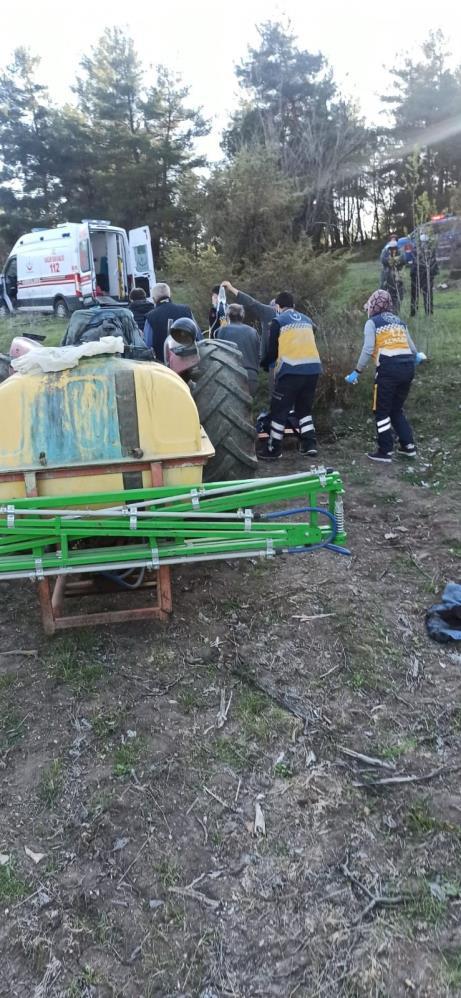 Traktörün aksı vatandaşın bacağını kopardı