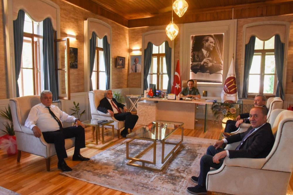 Başkan Şahin'e destek ziyareti