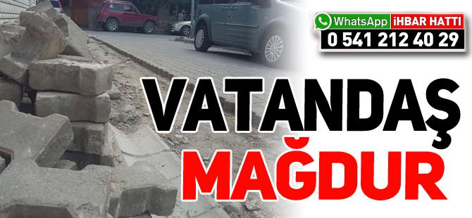 YARIM BIRAKILAN KAZI ÇALIŞMASI VATANDAŞI MAĞDUR EDİYOR