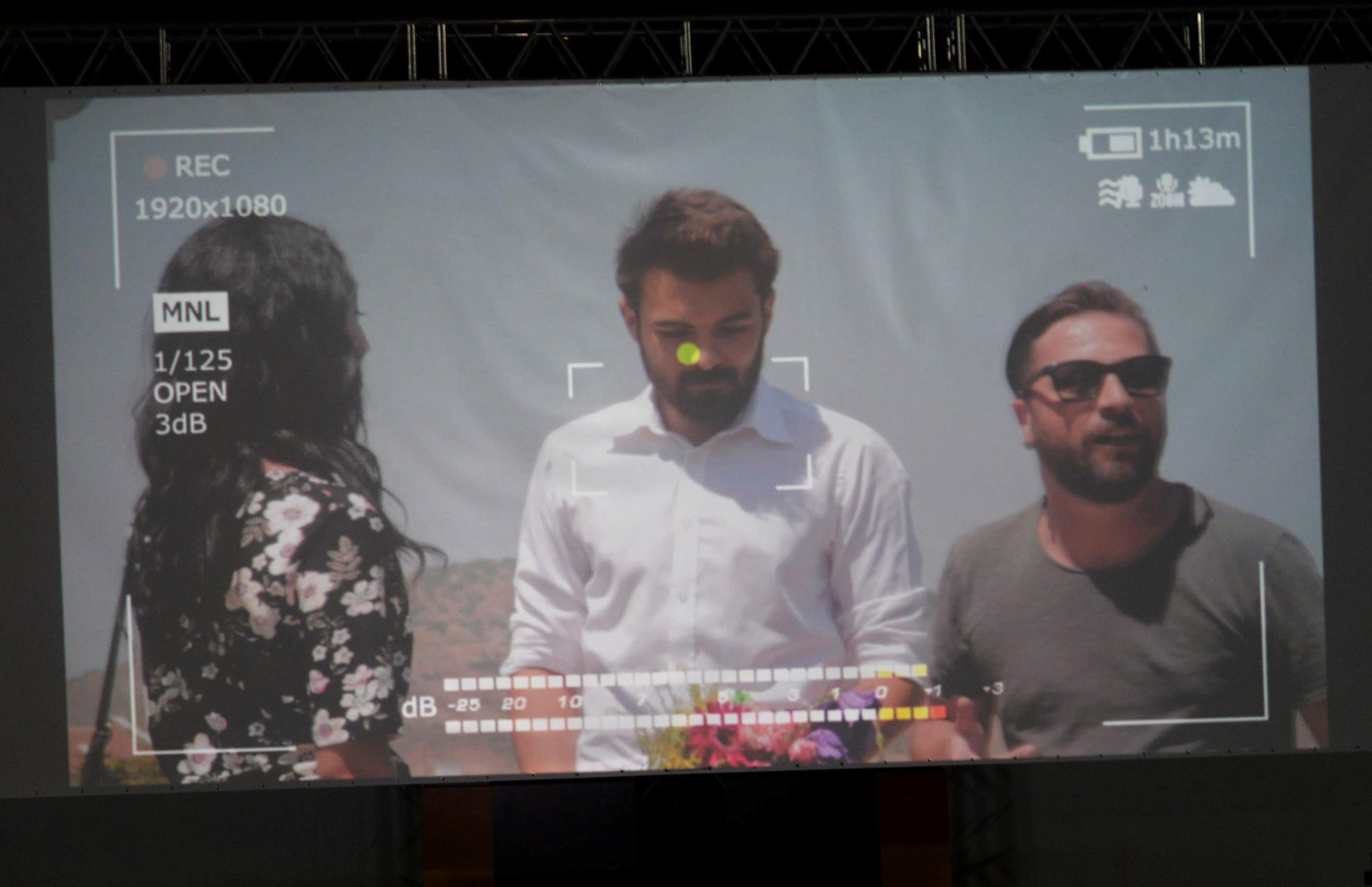acik-hava-sinema-festivali-9.-gece-ogrencilere-plaket-14-(1).jpg