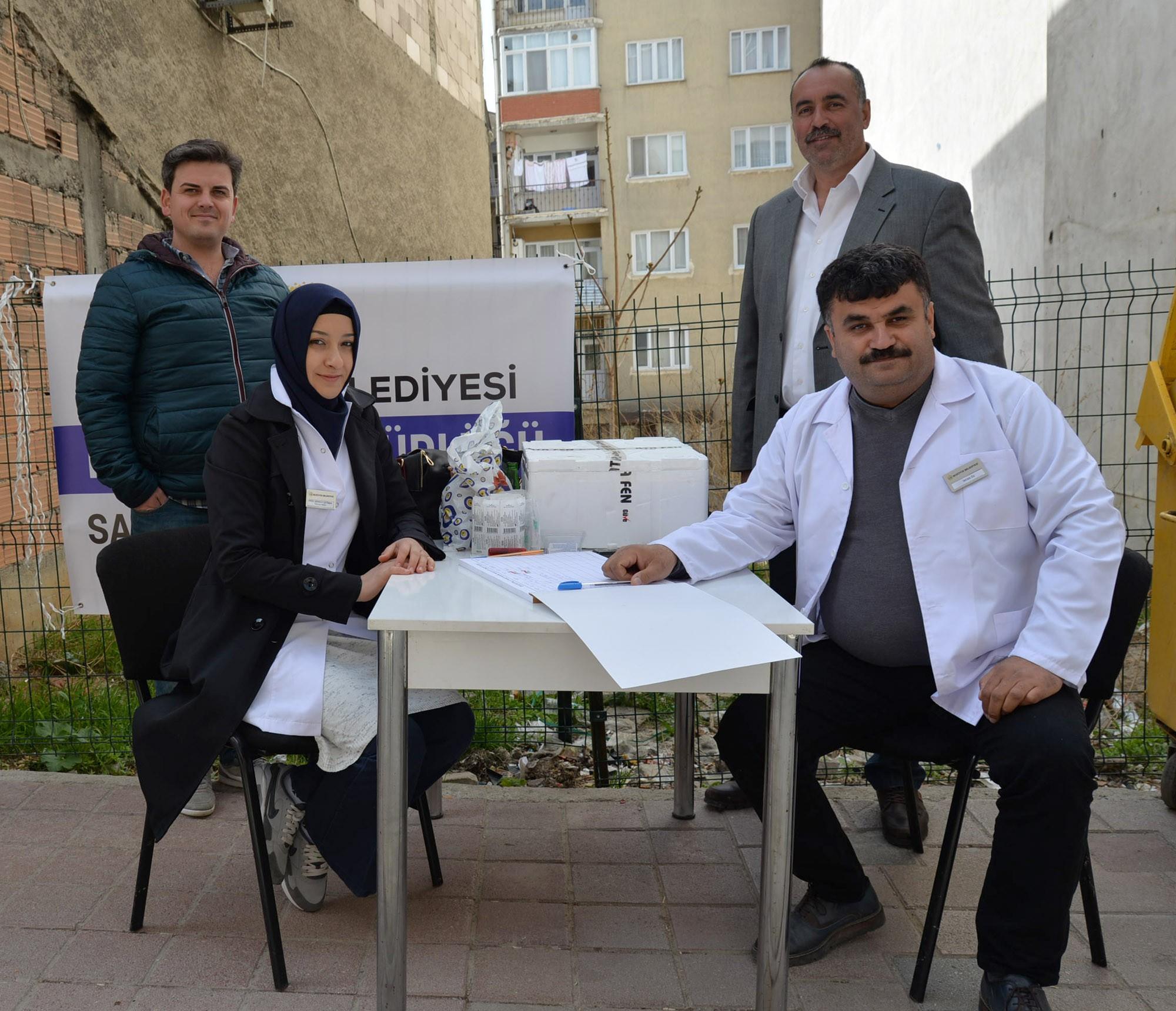 bozuyuk'te-belediyeden-kopeklere-ucretsiz-kuduz-asisi2.jpg