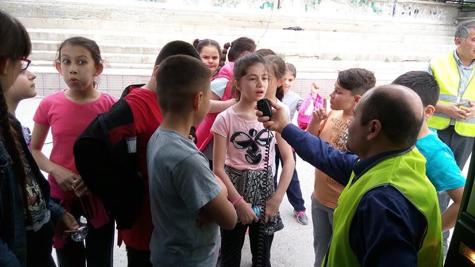 bozuyuk'te-ortaokul-ogrencilerine-afete-hazirlik-ve-haberlesme-egitimi-verildi3.jpg