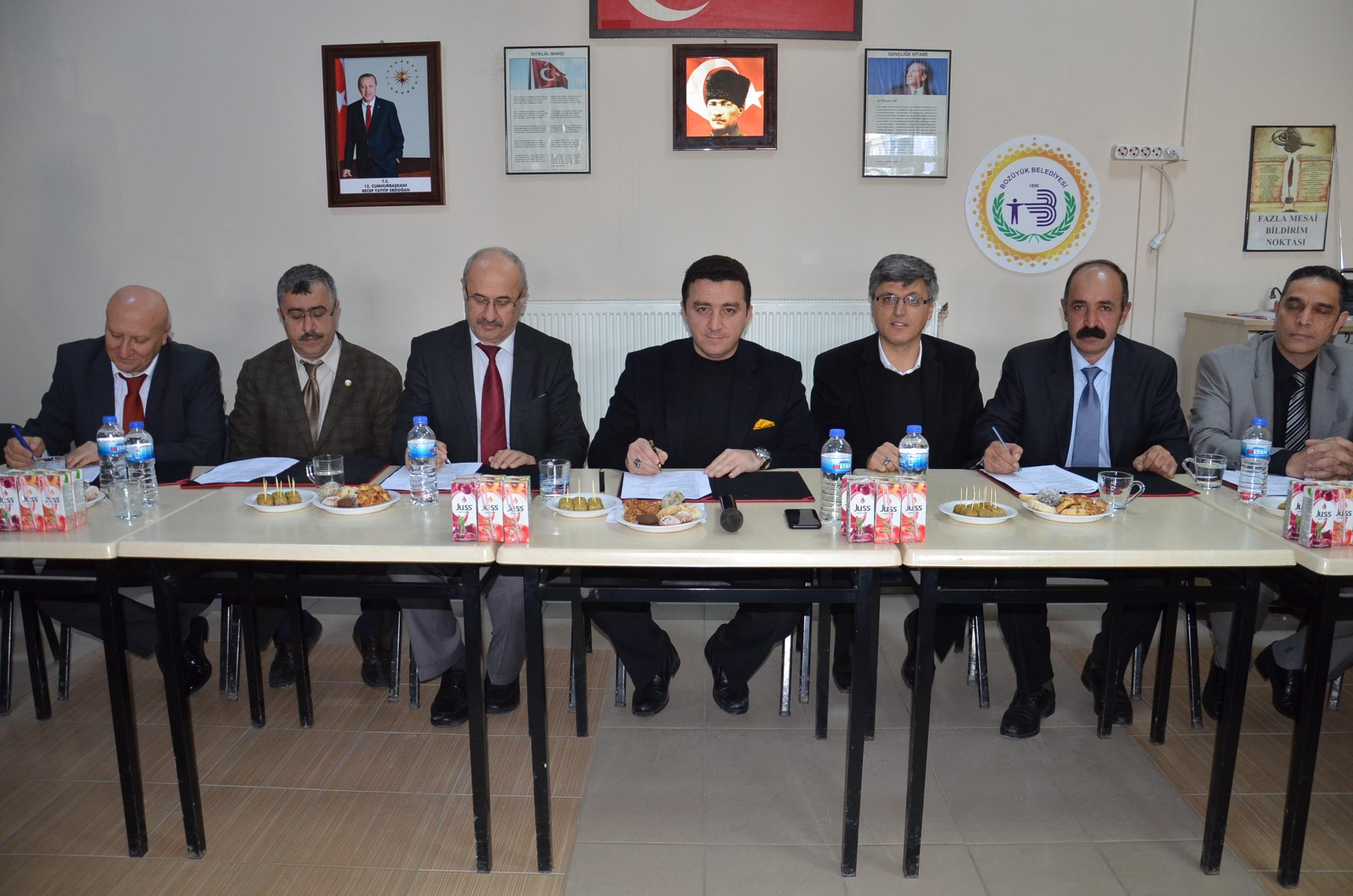 bozuyuk-belediyesi'nde-2-yillik-toplu-is-sozlesmesi-imzalandit6.jpg