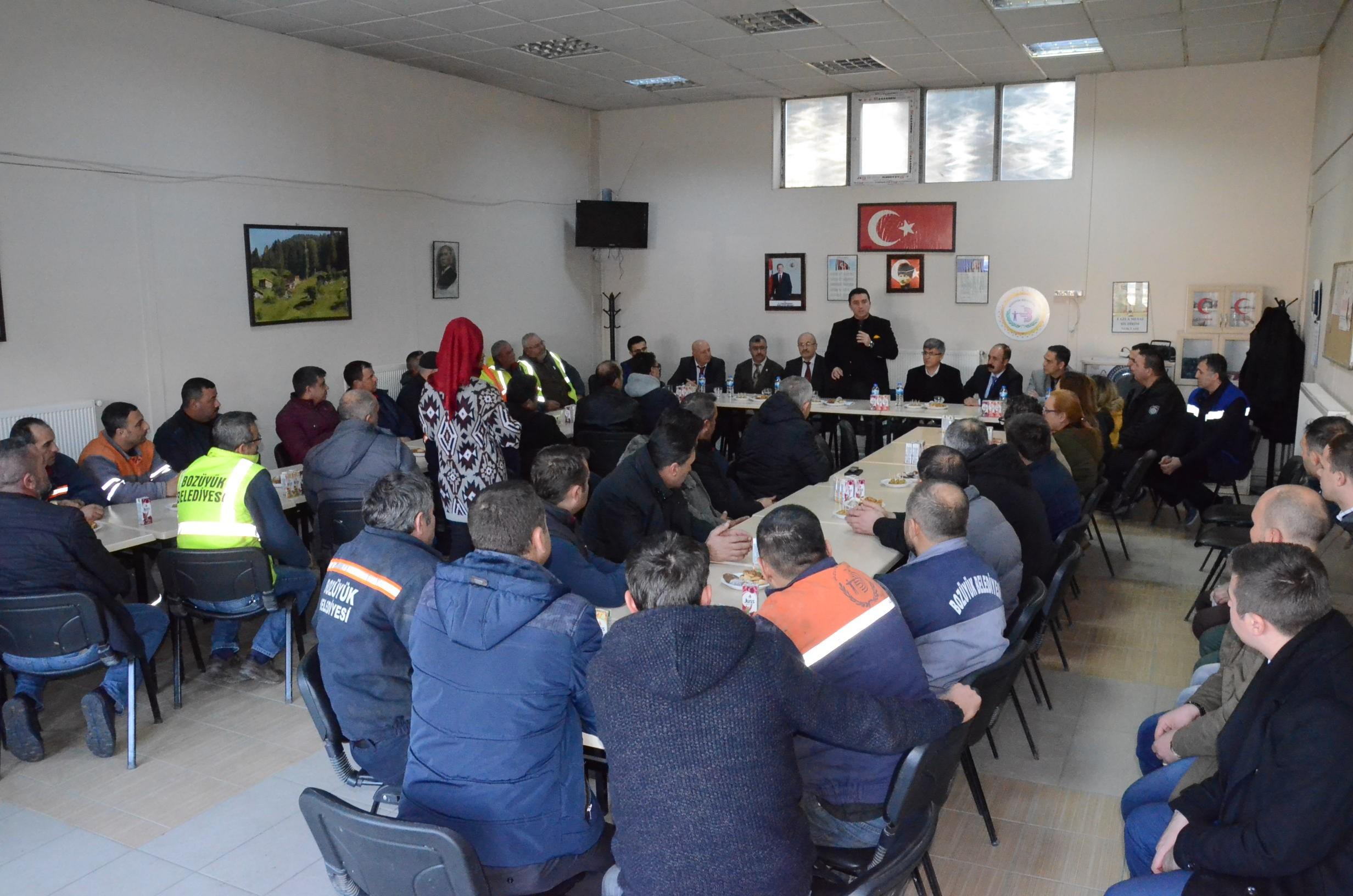 bozuyuk-belediyesi'nde-2-yillik-toplu-is-sozlesmesi-imzalandity.jpg