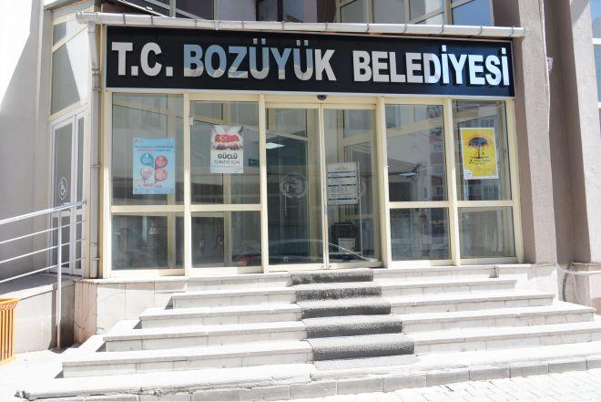 bozuyuk-belediyesinin-tanelasi-degisti2.jpg